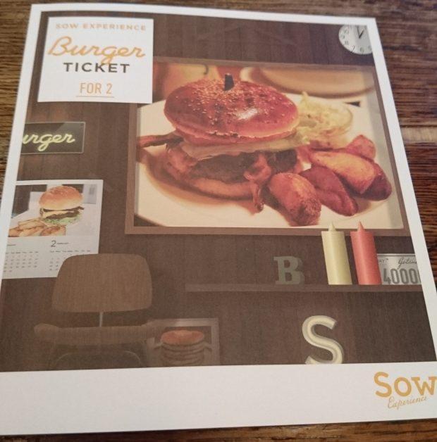 バーガーチケットの冊子